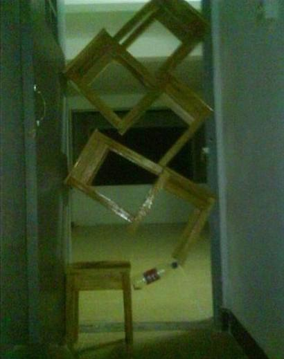 大学生寝室里的那点疯狂事图片