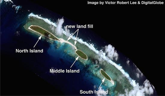 美媒:中国在南海再填海 要把3个岛填成1个