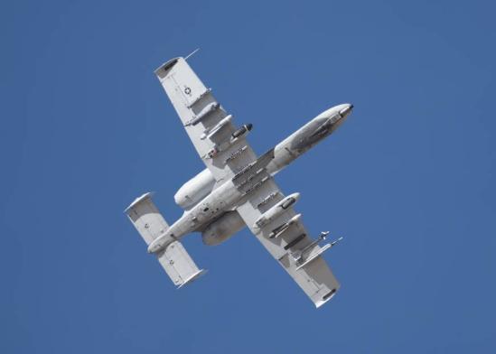 中美南海空战可能性大增 或撞机人亡