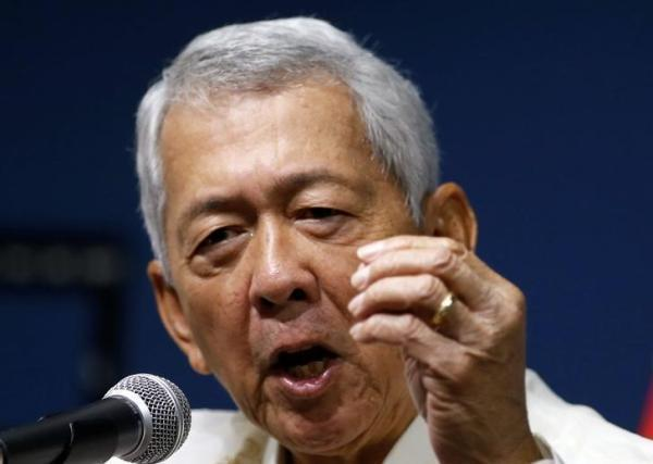 菲外长坦言没能力对抗中国 总统拒绝美南海军演