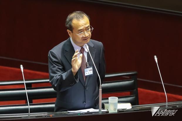 """蔡当局要员公开宣称""""两国论"""" 陆委会急灭火"""