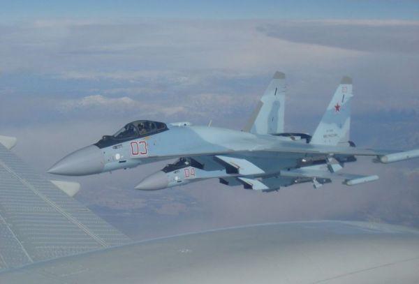 俄方怒斥美战机在叙险些撞上苏-35 美军方道歉