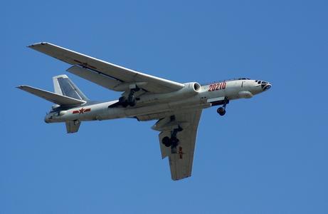 台军应对大陆军机绕飞 猜测未来将有加油机伴飞