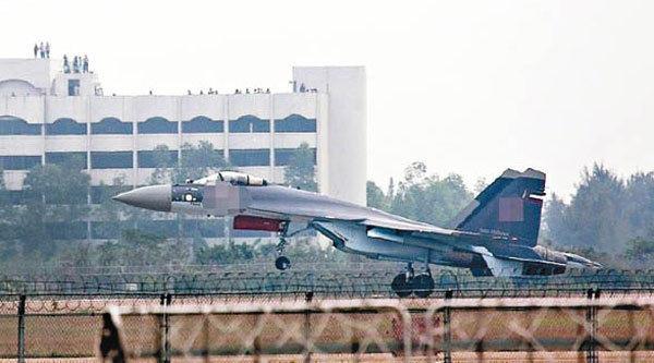 首批苏-35战机圣诞节飞抵沧州 正式交付中国