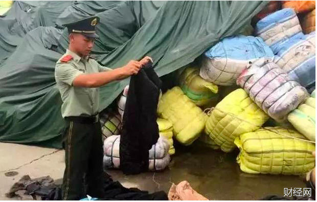 """垃圾场太平间的旧衣 是咋变成""""外贸尾单""""的?"""