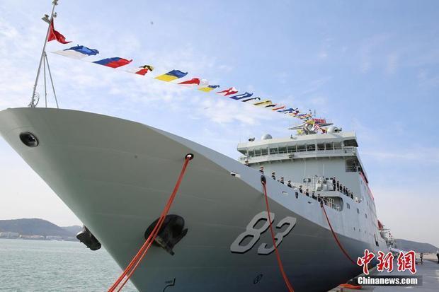 9000吨!新型训练舰