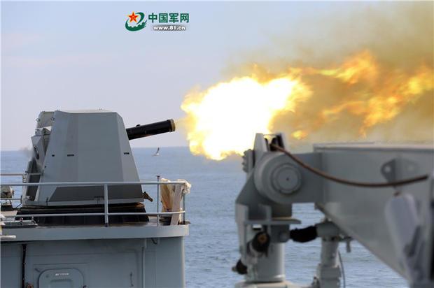 北海舰队护卫舰宜昌舰火力全开