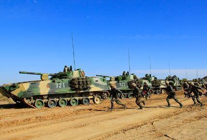 俄媒:中国新型步战车呼之欲出 或借鉴俄式装备