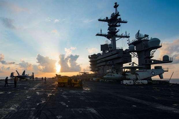 韩媒:美军卡尔 文森号航母即将进入半岛海域