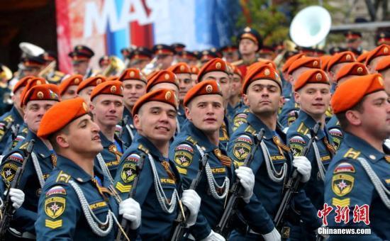 俄16名特种兵在叙顶住300人强攻 普京亲自颁奖