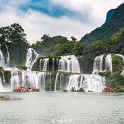 亚洲最大,世界第四的跨国瀑布就在广西,水量是黄果树三倍!