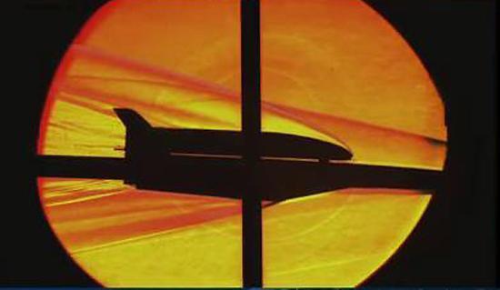 被誉为技术奇袭!率先突破的高超音速无人作战平台