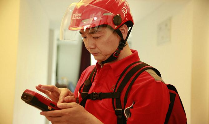 刘强东喊话马云的同时 京东却在用菜鸟网络送
