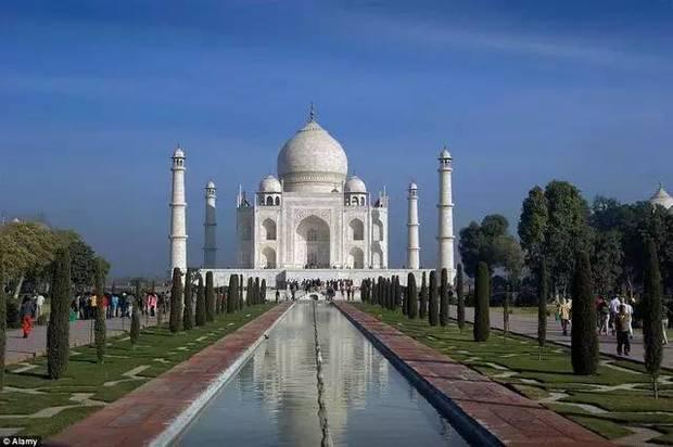 囊括了全球各地许多著名的旅游景点,其中不乏联合国教科文组织的世界