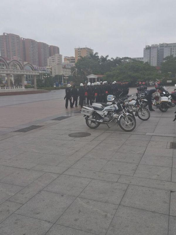 又一家外资工厂撤出深圳,近千员工拉横幅抗议!-芯智讯