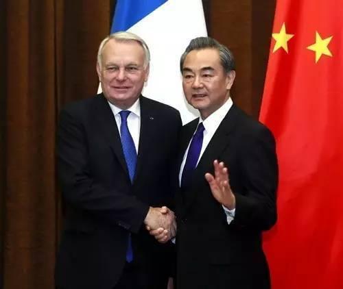 """中俄呼吁为半岛局势降温:不是""""拳头更大""""就能赢"""