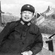 毛主席最倚重的军事高参,蒋介石两次邀请他都不去
