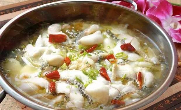今日推荐:酸菜鱼火锅,全家人吃起来暖洋洋