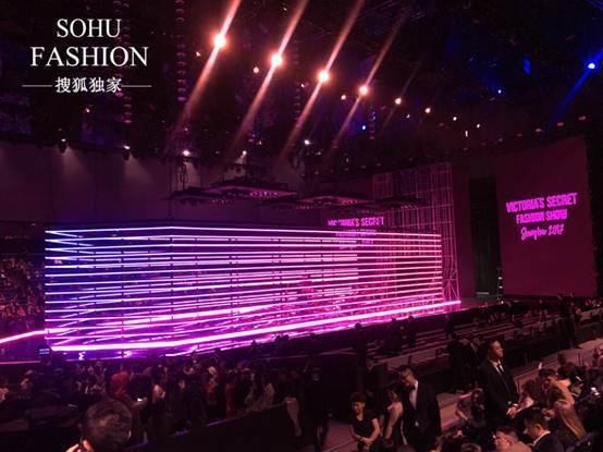 """维密秀上海""""虚张声势"""":管理混乱,2800人进场需两小时图片"""