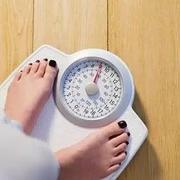 微健康探访减重门诊|追求舒适减肥,躺着就能减重?没那么容易!