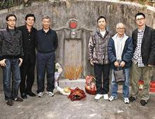 直击叶问葬礼:武术界大佬齐聚,李小龙祭奠亡师跑步回住所