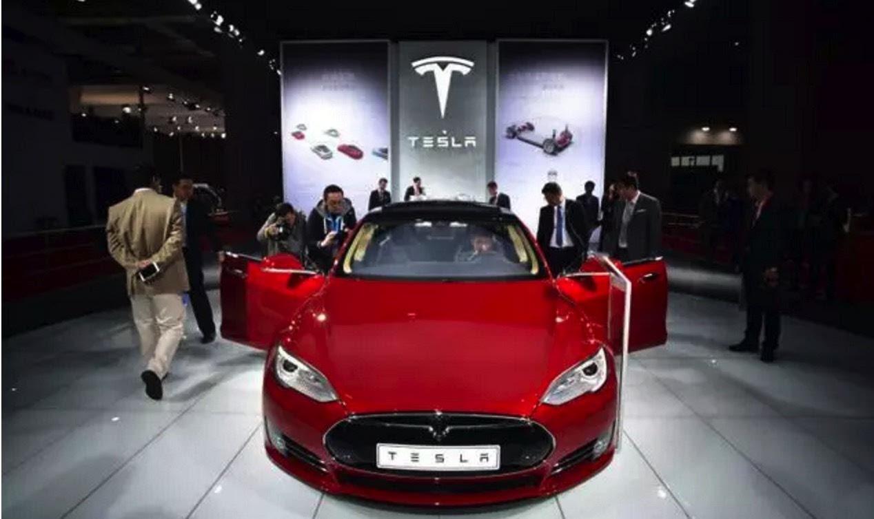 年薪10万能买什么车_特斯拉model 3预售 18万能买什么功能?