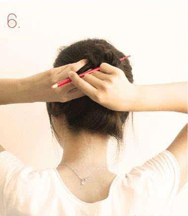 女人整天发型一层不变 难怪老公不喜欢你 赶快换个发型吧!图片