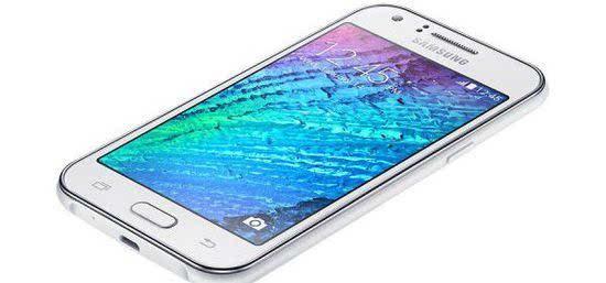 摘要:三星在今年年初发布了GalaxyJ1,它是一款经济型智能手机。根据印度进出口跟踪网站Zauba显示,三星SM-J105F被送往印度进行测试,该设备采用4英寸屏幕,和GFXBench公布的硬件规格不同。   摘要:三星在今年年初发布了GalaxyJ1,它是一款经济型智能手机。现在看来这家韩国公司正在开发GalaxyJ1的变种产品 - GalaxyJ1 mini。一些智能手机测试数据库显示,三星即将推出一款SM-J105F智能手机,型号非常接近GalaxyJ1的具体型号SM-J100F。   根据来