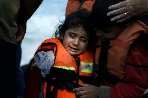 遇难者生前的照片 震动世界!有国才有家!