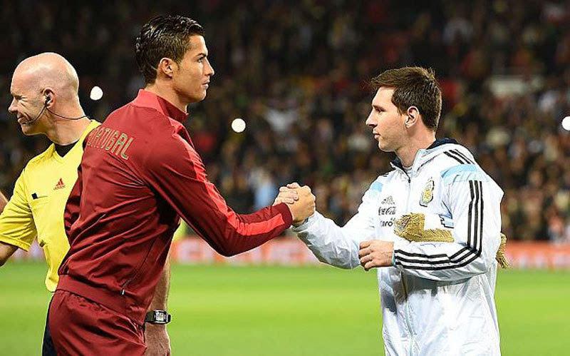 戴维斯:梅西是足球界的异类
