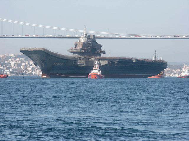 船体局部结构破坏