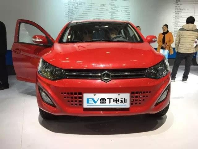 小型电动车评选雷丁D70核心提示 微型电动汽车经过近十年的发展,高清图片