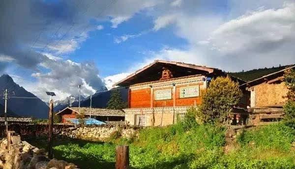 林芝巴松措小村庄别墅温泉北国住宿林甸房间图片
