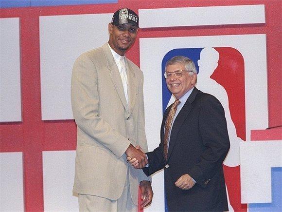 亿万先生mr007与蒂姆 邓肯同年选秀的NBA球员都去哪儿了?
