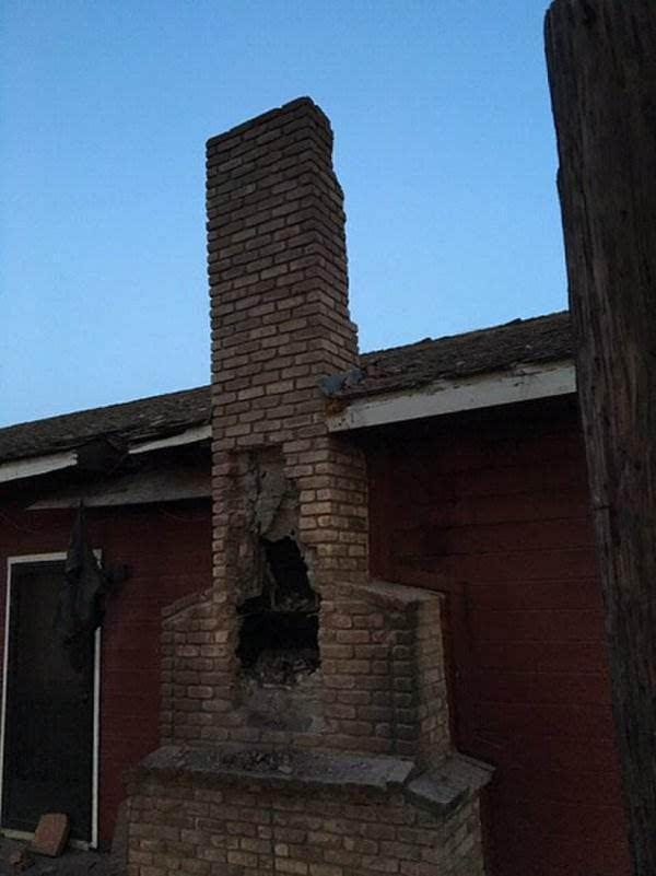 小偷钻烟囱行窃被困 房主生火意外将其熏死令人啼笑图片