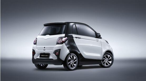 芝麻E30 众泰新能源电动车诚意之作高清图片