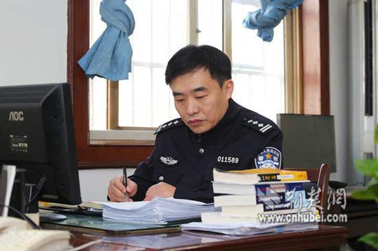 荆楚网讯 通讯员王威 王旭东 唐时杰 摄影应后威图片
