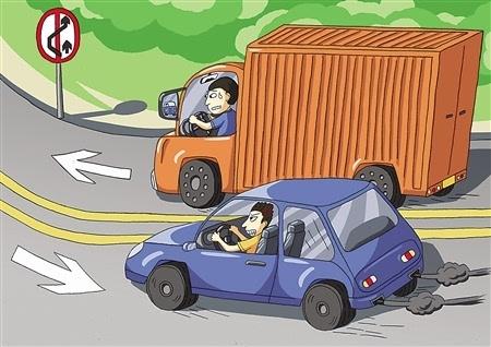 民警用执法案例画漫画宣传交通安全火了 还被公安部推广