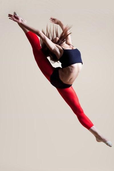 唯美的舞蹈动作图片