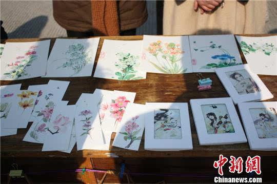 """宁波大学现惊艳""""中国风"""" 手绘插画触发创业潮"""