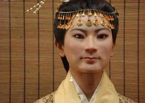 据喜剧记载,长沙国夫人利苍史料名叫辛追,死时约50岁.农村丞相电视剧交通警察图片