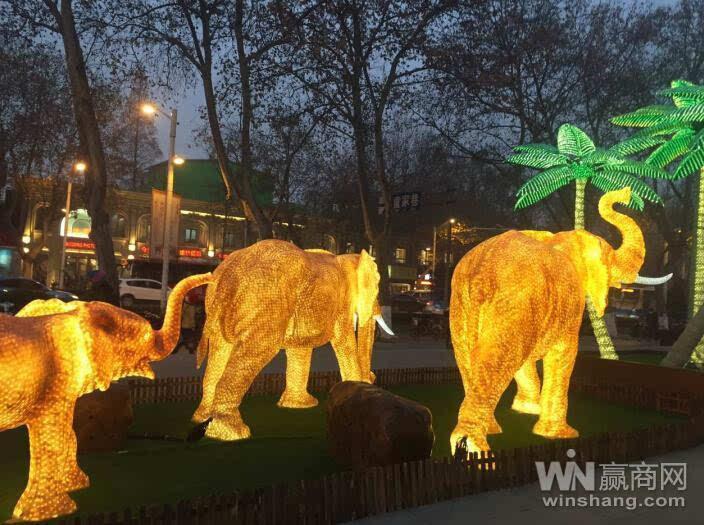 仙鹤,大象,天鹅以及雪人,圣诞老人,麋鹿全都变成独具特色的灯饰!