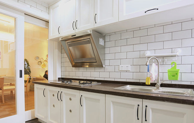 4 一字型厨房怎样装修? 弹性收纳一定要有