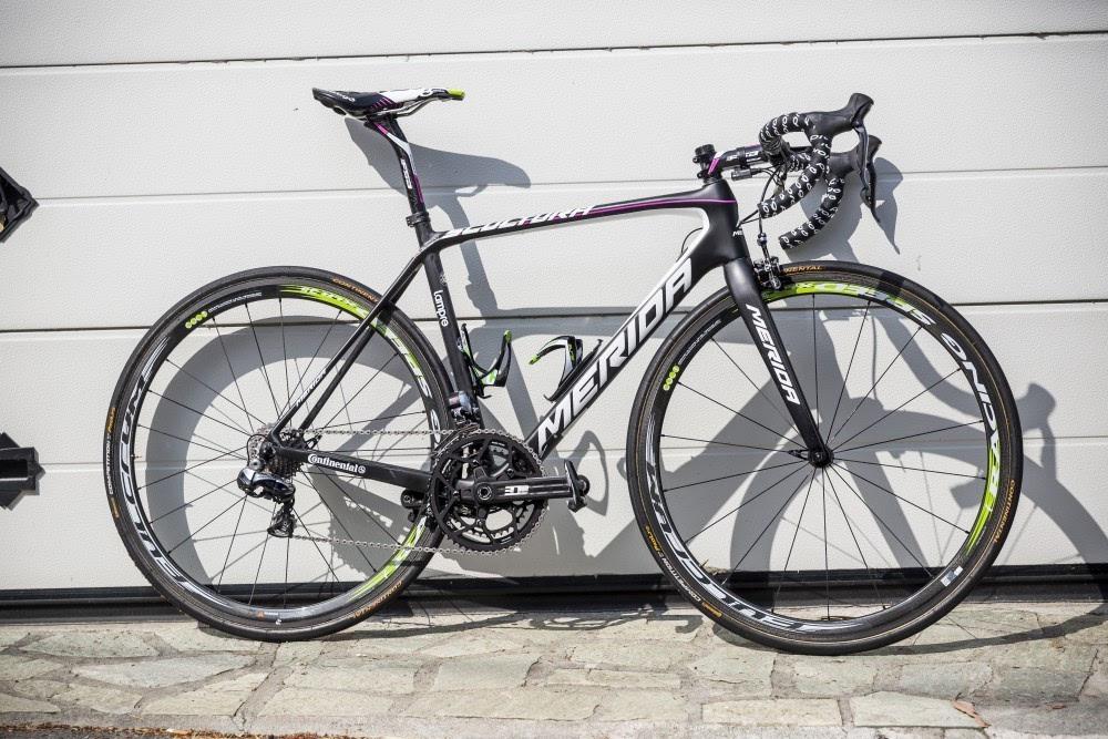 (italy) 自行车品牌:merida 大组公路车:scultura team 气动公路车图片