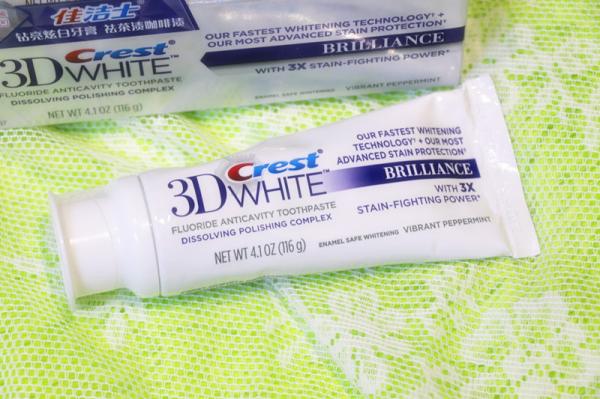 白系列钻亮炫白牙膏