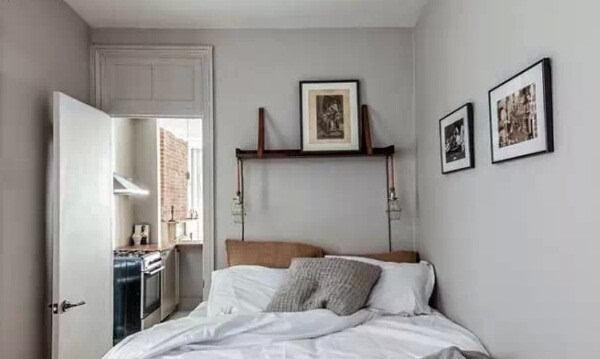 由于6平米小卧室的采光比较有限,在墙面的颜色上要选择比较明亮的颜色图片
