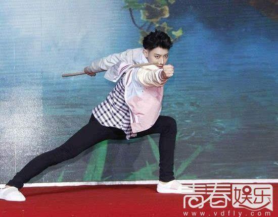 黄子韬加盟中国版丛林的法则v丛林韩版《丛林的好看呢动漫图片搞笑图片
