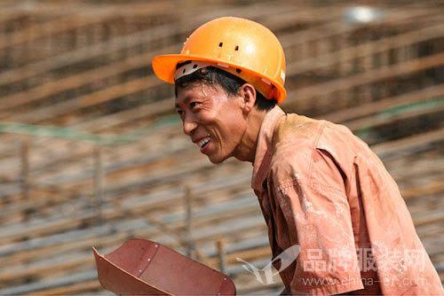 日本建筑工人均工资_日本建筑工人