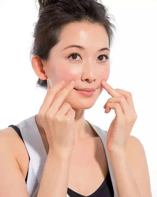 林志玲教你睡前护肤 让你40岁也能像她那么美!