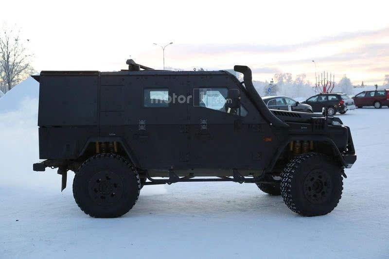 奔腾tt7-该车定位轻型装甲巡逻车,采用一流军事模型打造,真可谓一辆生擒猛